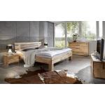 Betten und Beimöbel aus Massivholz, das...
